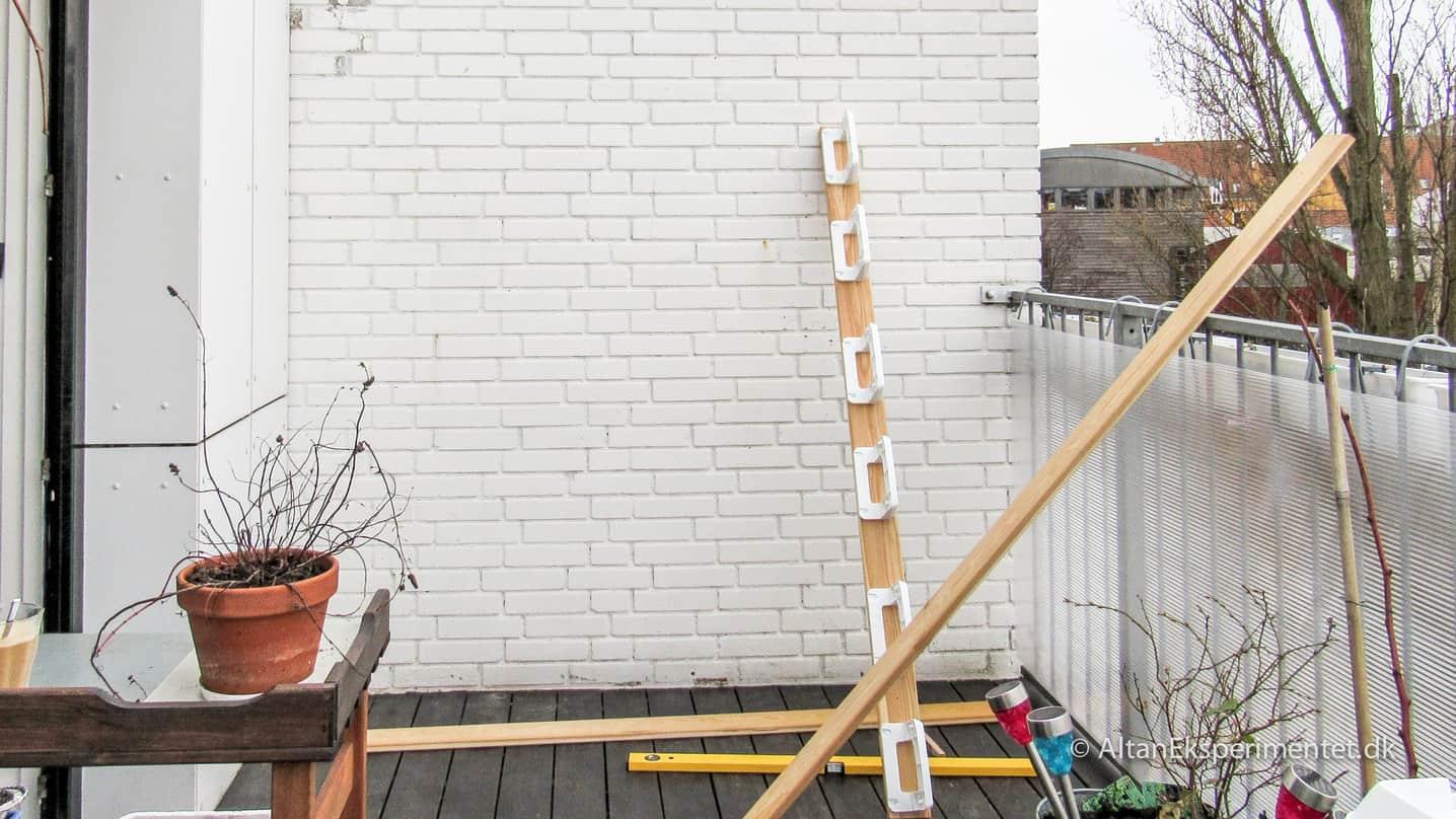 Forskallingsbrædder til plantevæg med Minigarden vægbeslag
